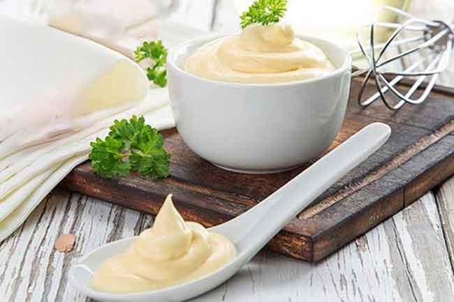 sot-mayonaise-chay-khong-beo-khong-trung-khong-sua